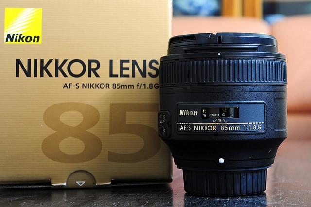 Đánh giá lens Nikon 85F/1.8G