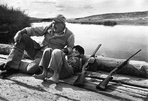 Một bức ảnh về chiến tranh năm 1941 của tác giả Robert Capa.