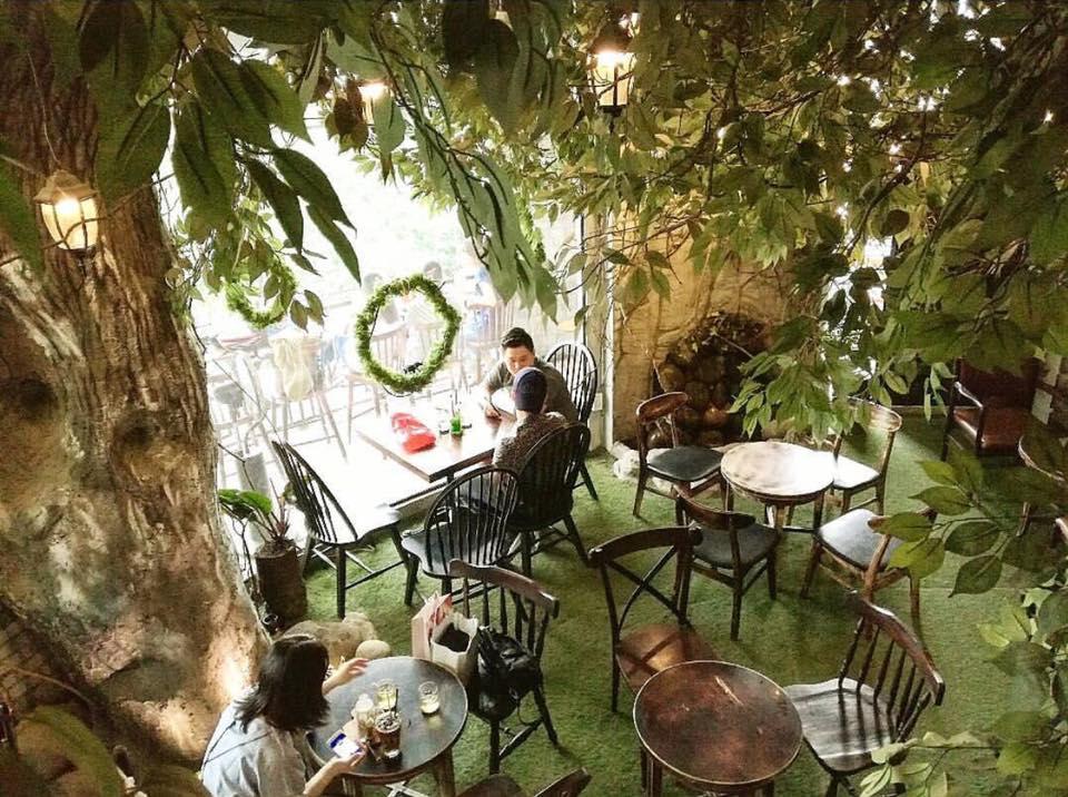 1st Garden Café & Bistro