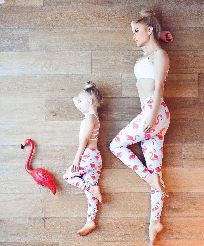 Cùng tập yoga nào