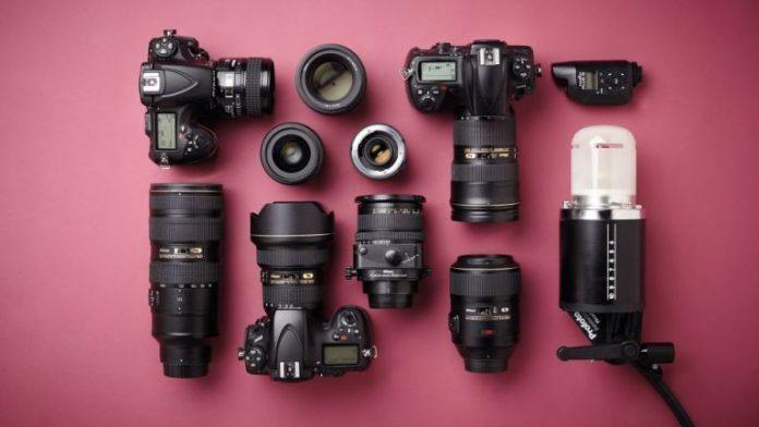 10 phụ kiện thiết yếu cho máy ảnh của bạn