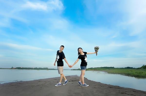 Trang phục chụp ảnh cưới ngoại cảnh cho những cặp đôi trẻ trung năng động