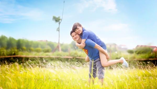 Trang phục chụp ảnh cưới ngoại cảnh cho những cặp đôi yêu thích sự thoải mái