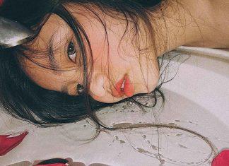 Sốt xình xịch với trào lưu sống ảo mới của giới trẻ - Chụp hình với bồn nước