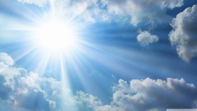 Không hướng ống kính về phía mặt trời quá lâu