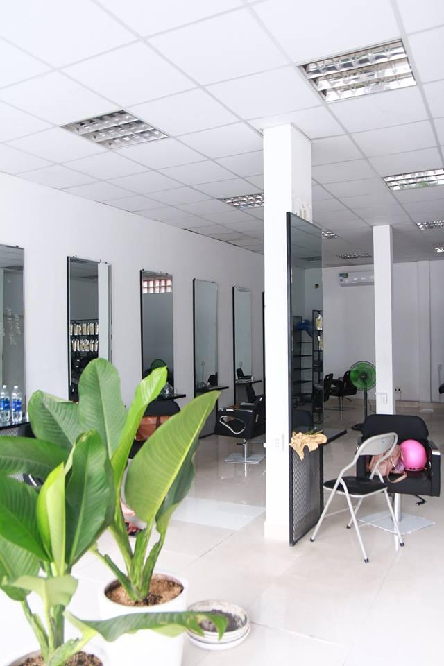 Salon tóc LỚN NHẤT quận 7 TP.HCM