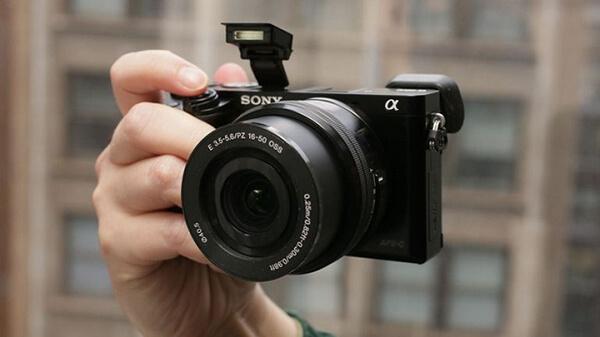 Máy ảnh Sony ILCE-A6000L