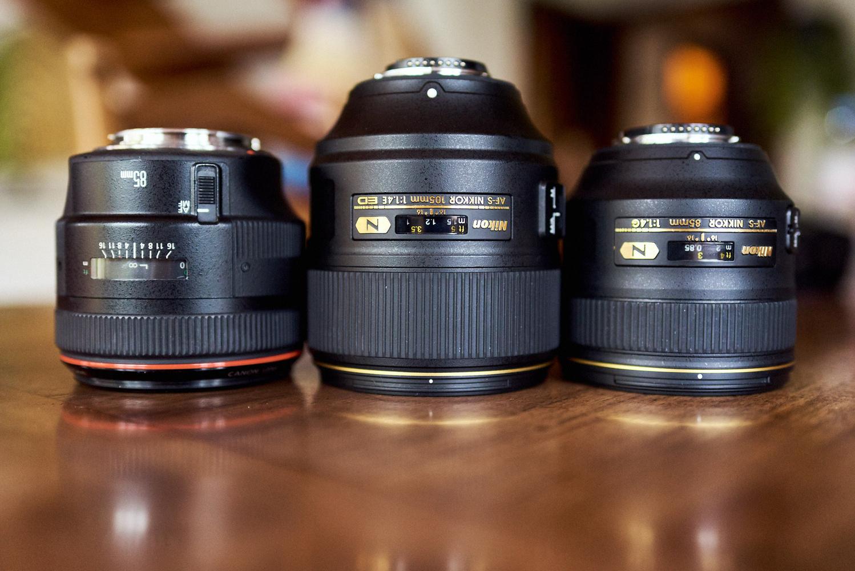 Lens chính hãng